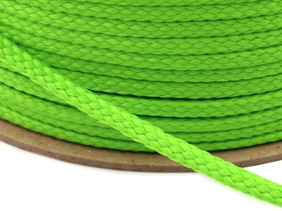 Kulatá šňůrka sytě zelená